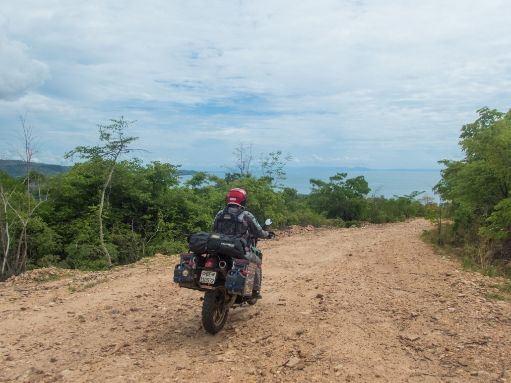 Riding down from Livingstonia